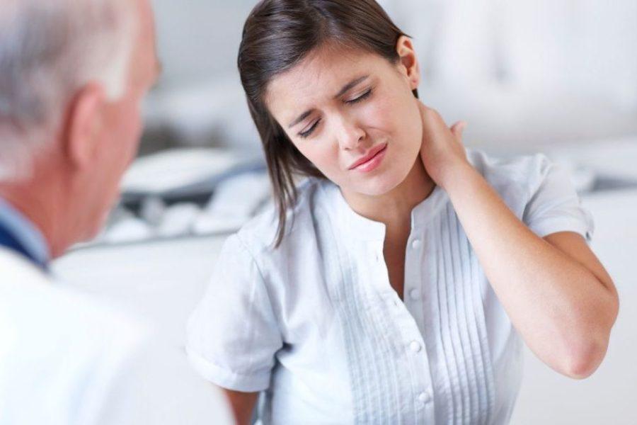 Боль в шее: когда это может быть признаком серьезной проблемы со здоровьем?